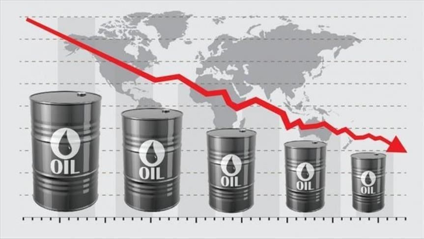 Brent oil may soon hit below $10 a barrel: Experts