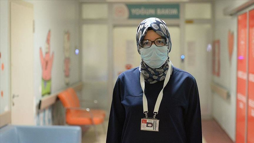 Youths regret passing virus to elders: Turkish doctor